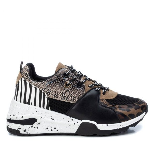 XTI 44437 Sneaker του Ισπανικού Οίκου ΧΤΙ με αντιολισθητική σόλα Ιδανικό για την βόλτα σας.Sneaker