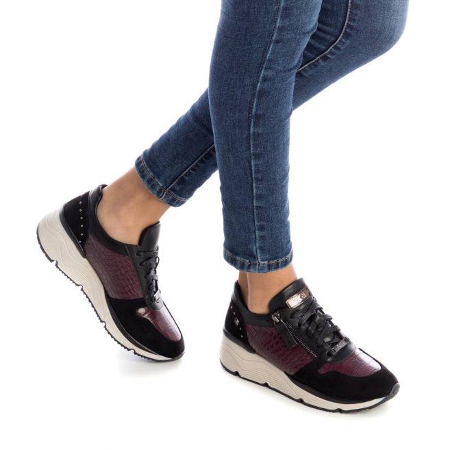 XTI 44733 Sneaker του Ισπανικού Οίκου ΧΤΙ με αντιολισθητική σόλα Ιδανικό για την βόλτα σας.